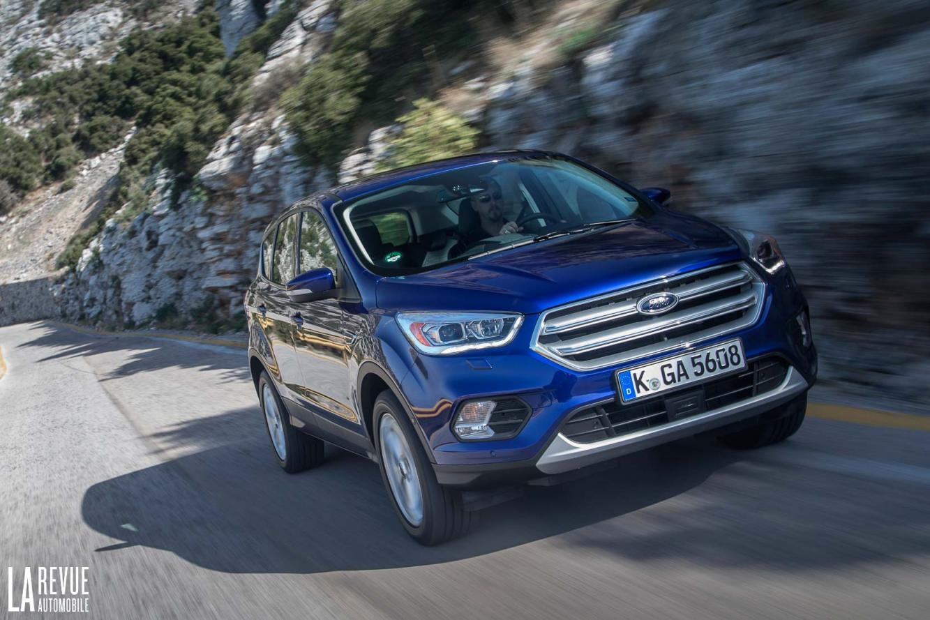 Ford Kuga 2017 Interieur Photo Ford Kuga 2017 Interieur Exterieur Année 2017