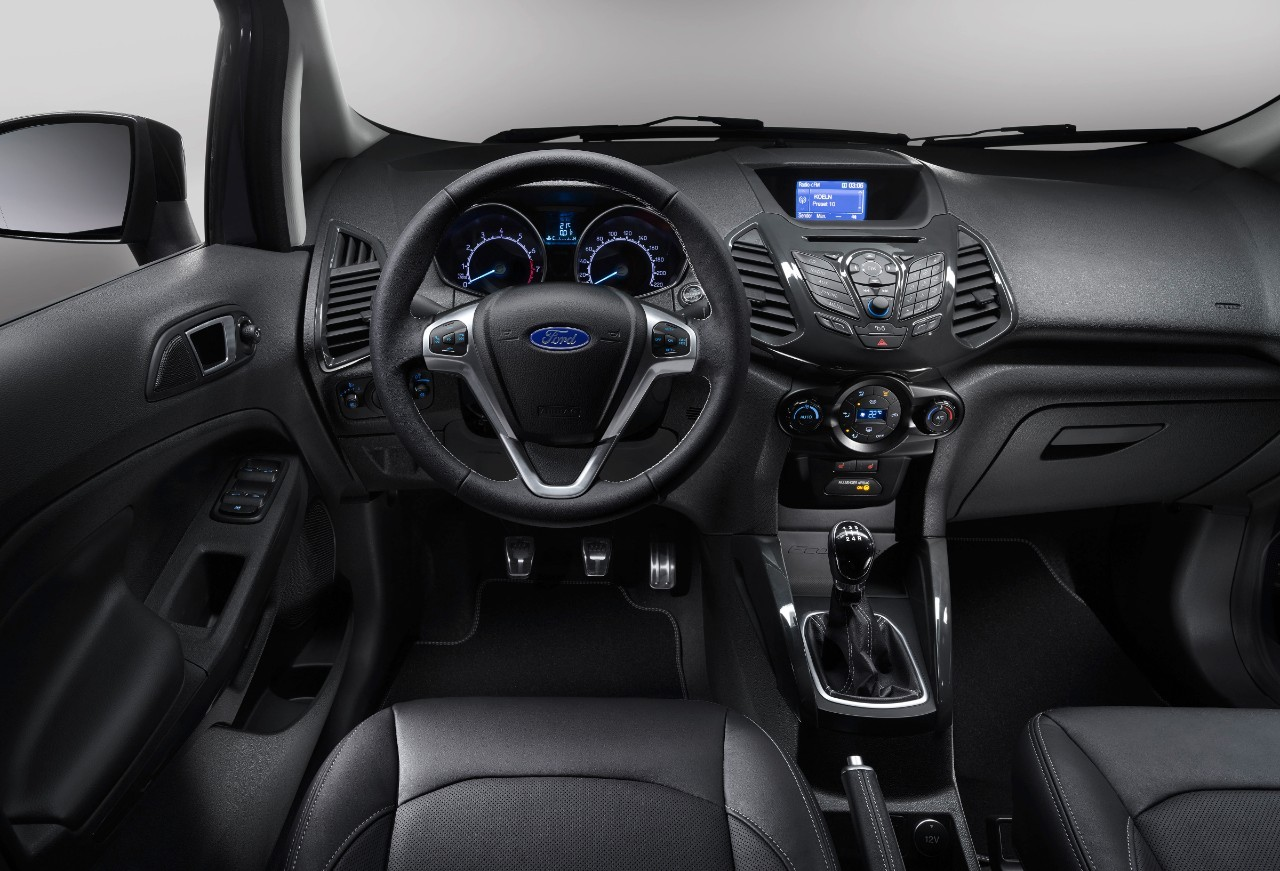 Ford C Max Interieur Ford Ecosport S (2015) : Nouvelle Version Au Look Sport