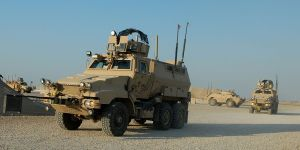 http://upload.wikimedia.org/wikipedia/commons/8/8a/Caiman_mine-resistant%2C_ambush-protected_vehicles_in_Iraq.jpg