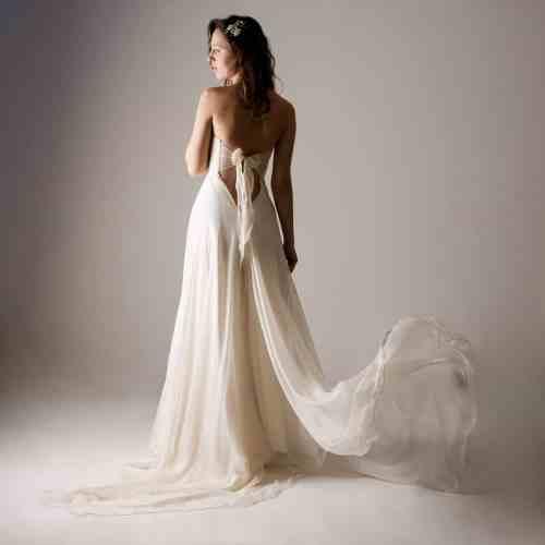 Simple Sale Fairy Wedding Dress Wedding Dress Fairy Wedding Dress Low Back Wedding Dress Backless Wedding Dress Boho Wedding Dress Alternative Wedding Dress 57d268e12 Fairy Wedding Dresses Wings