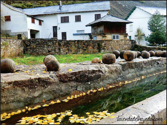 Fuente y bolos vaqueiros en L.lumaxu