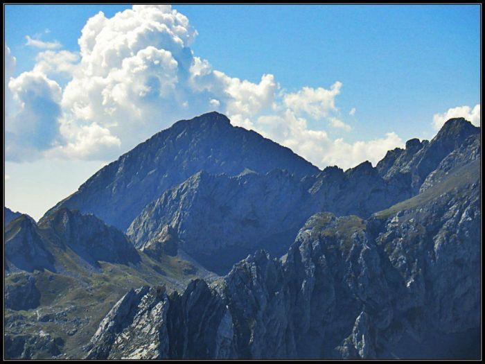 Pinubina (Peña Ubiña - 2.417 m )