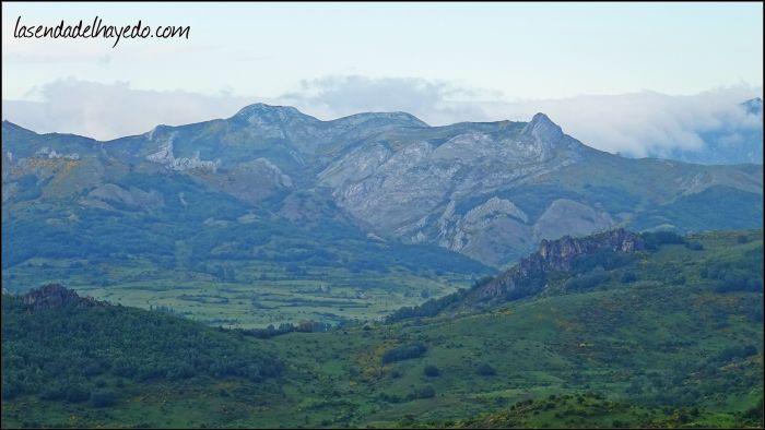 Sierra de Reyero desde la Peña de San Pedro