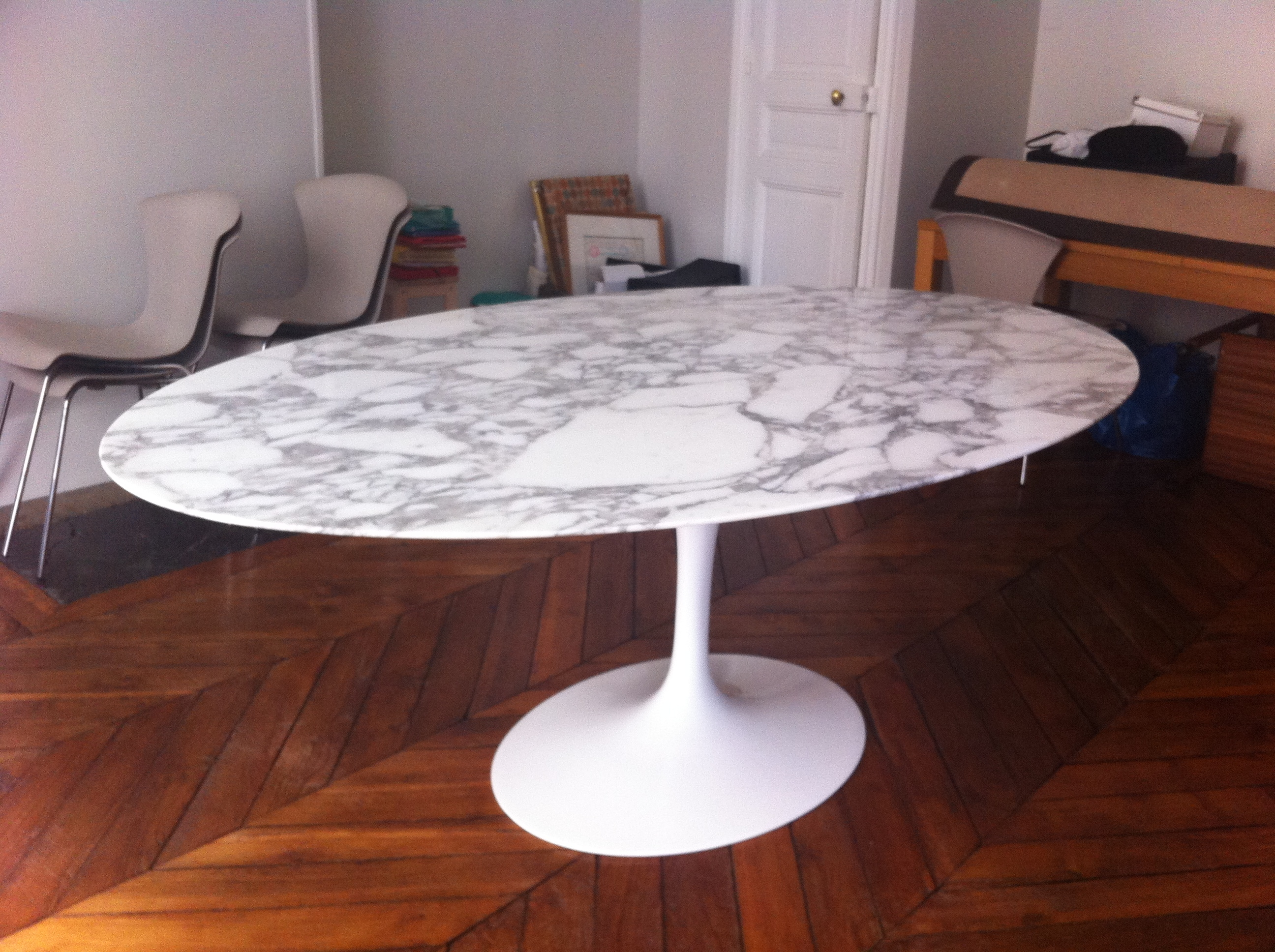 Table Ovale Saarinen Table Tulip Ovale Saarinen édition Knoll L 39atelier 50
