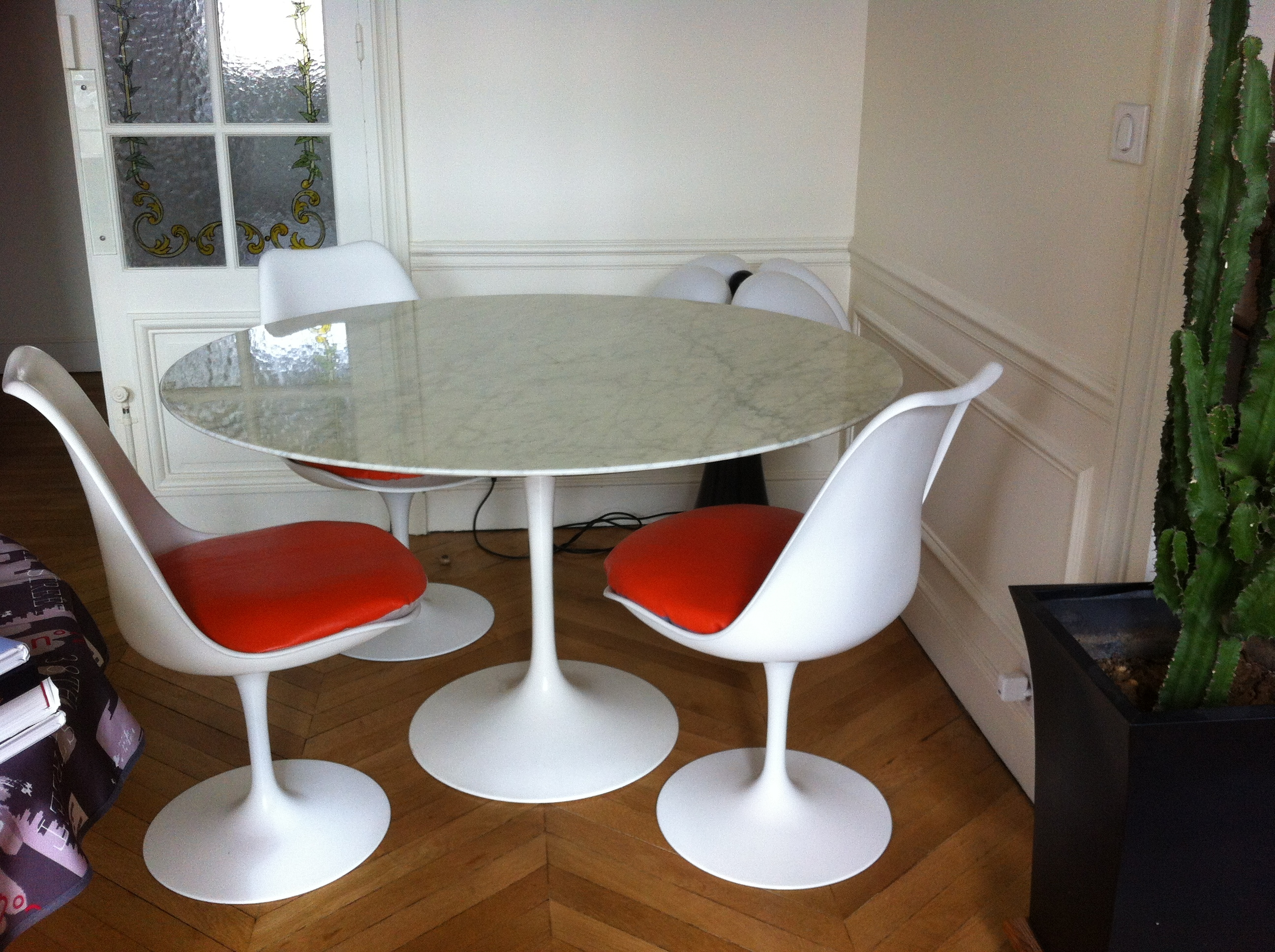 Fauteuils Tulipes Table Tulipe Saarinen Knoll International L 39atelier 50