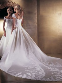 Wedding dresses trend 2011 2012 | LatestWeddingFashion.com