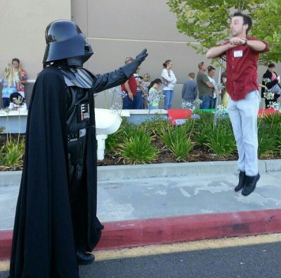 Vadering, A New Photo Meme Featuring Darth Vader's Force Choke