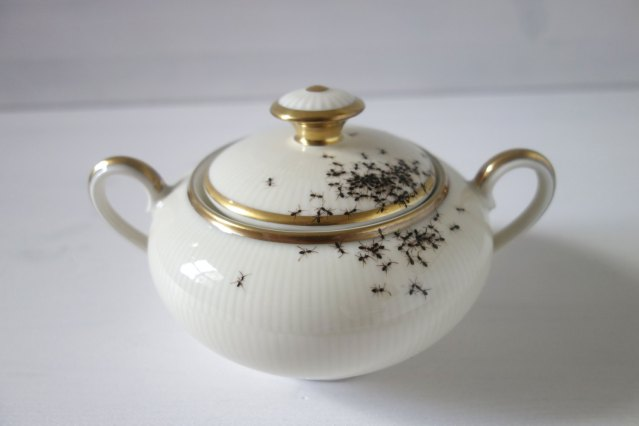 Ant Sugar Dish