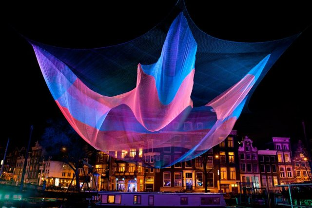 Monumental Net Sculptures by Janet Echelman