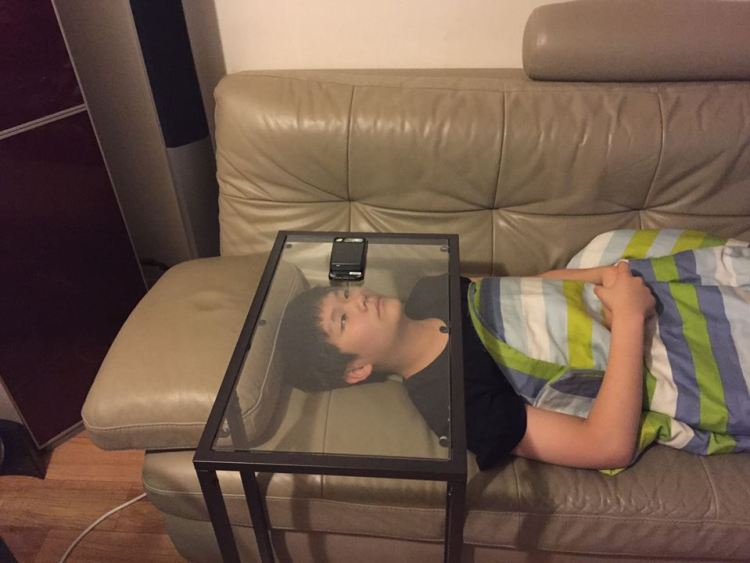 glass table kid