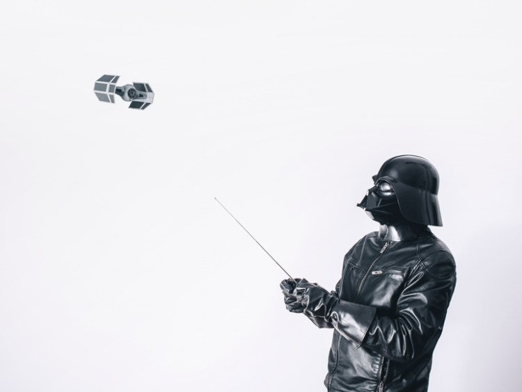 Vader Flies Toy Advanced x1 TIE