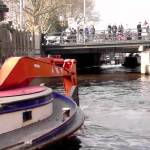 The Fascinating Process of Dredging Drowned Bicycles From Amsterdam Canals Using a Giant Claw Machine