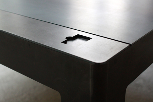 floppy table a wonderfully designed 3 5 floppy disk coffee table. Black Bedroom Furniture Sets. Home Design Ideas
