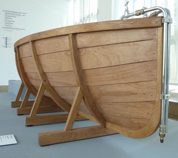 Bathboat by Studio Wieki Somers