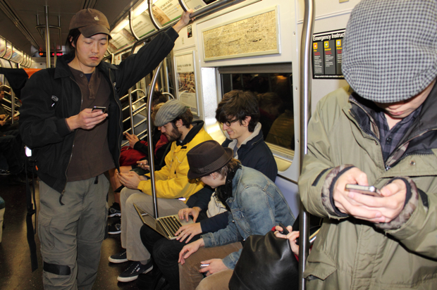 L Train Notwork by WeMakeCoolSh.it