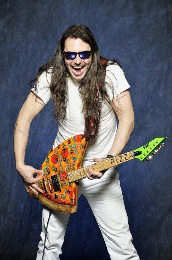 Pizza Guitar