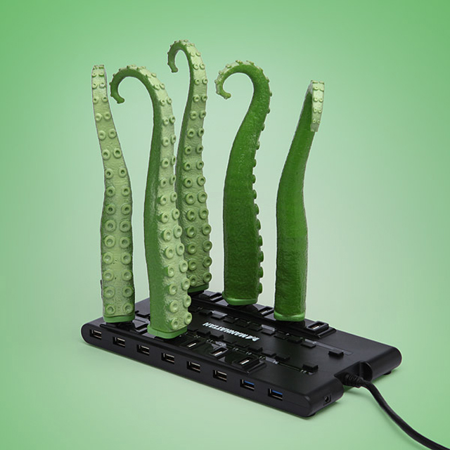 USB Squirming Tentacle at ThinkGeek