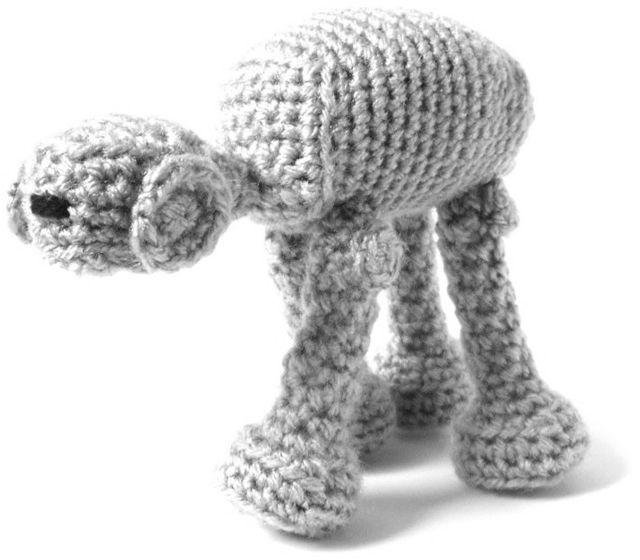 Star Wars Crochet - AT-AT - Amigurumi Pattern by Ana Yogui