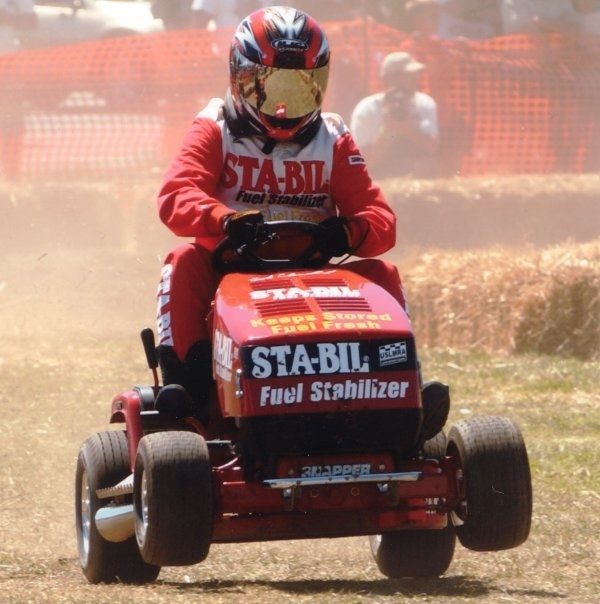 lawn-mower-racing