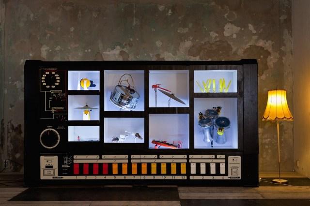 MR 808 mechanical drum machine