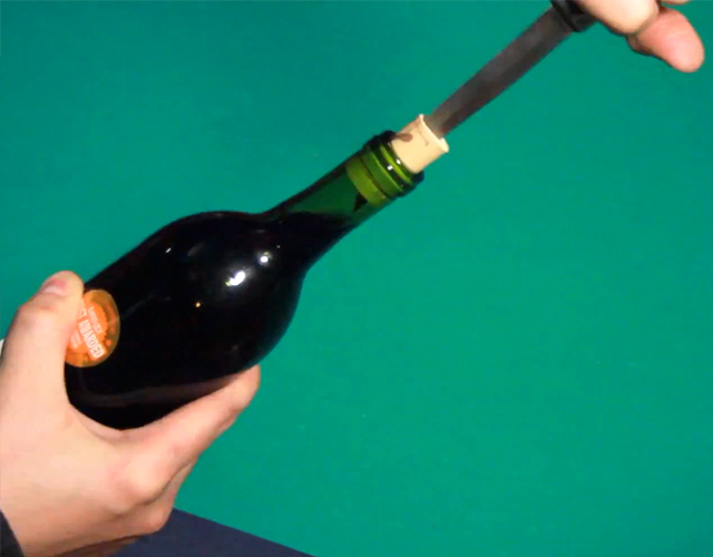 Life Hacks: 7 ways to open a Wine bottle without a corkscrew!