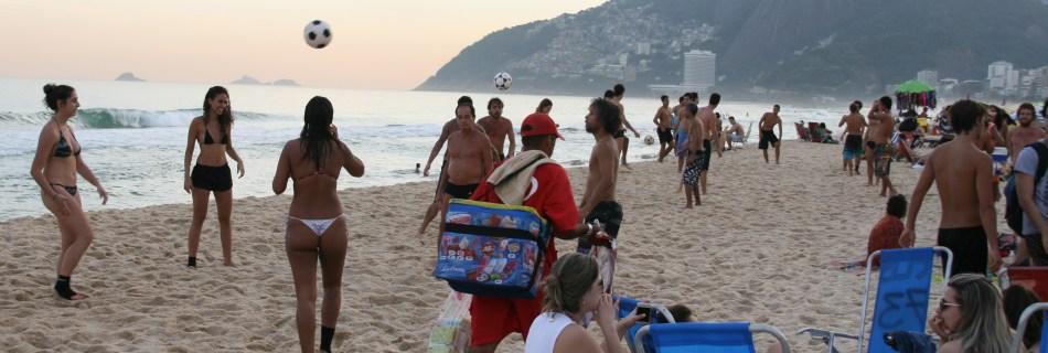"""""""Bom dia, Rio"""": Der Strand als Freiluft-Shoppingcenter"""