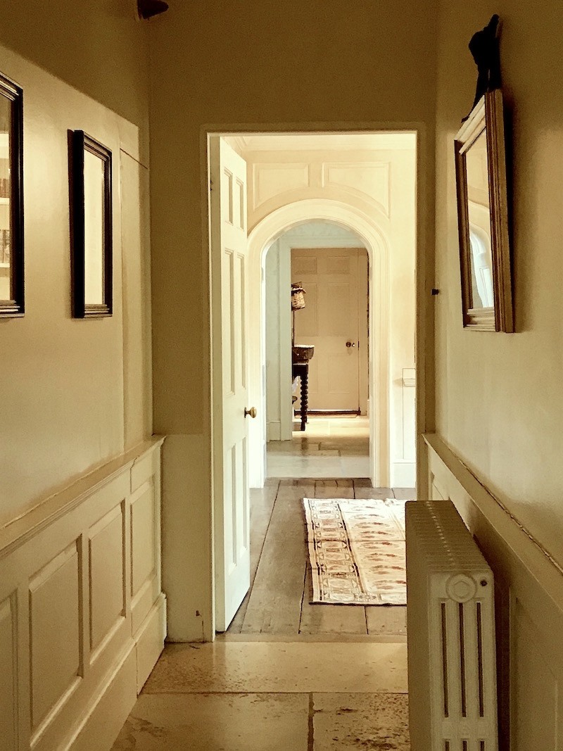 All About Wainscoting The One Thing You Must Never Do Laurel Home