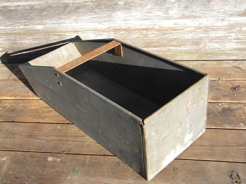 Galvanized Caddy Feed Trough Storage Bin