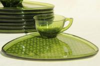 Luncheon Plates With Cup Holder & 60 Luncheon Plates With ...
