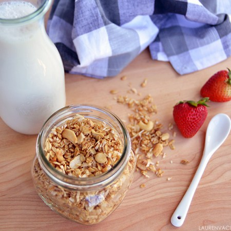 Naturally-sweetened Coconut Cashew Granola