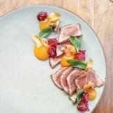 Tataki de veau et jaune d'oeuf fumé | Restaurant Les 400 coups du Vieux-Montréal