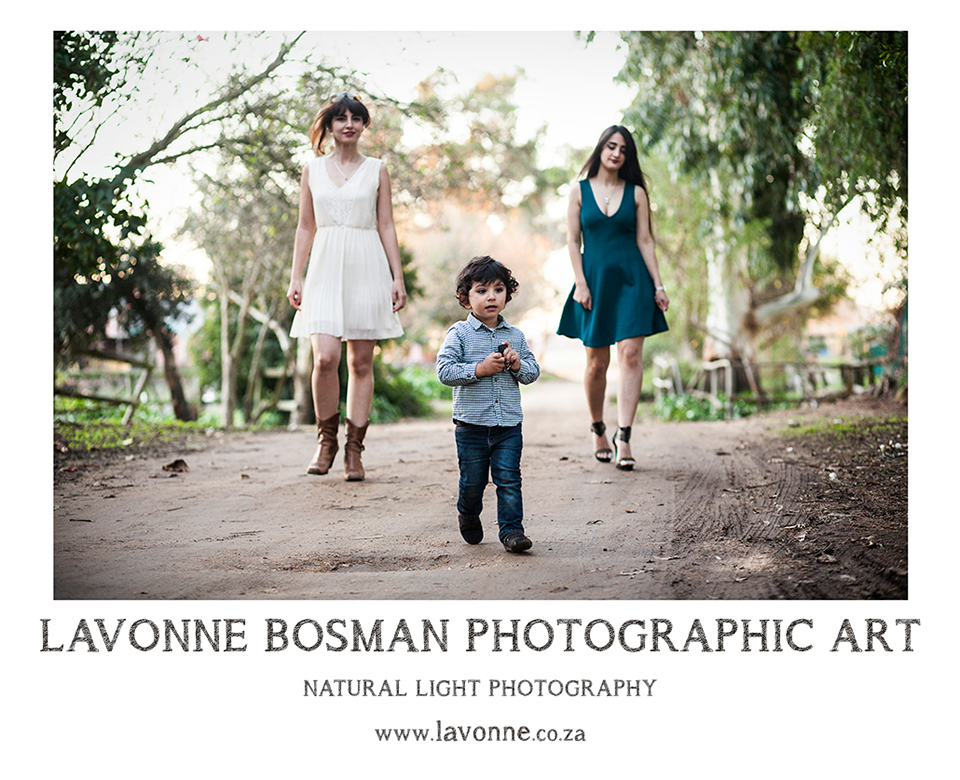 Natural light outdoor family portraits
