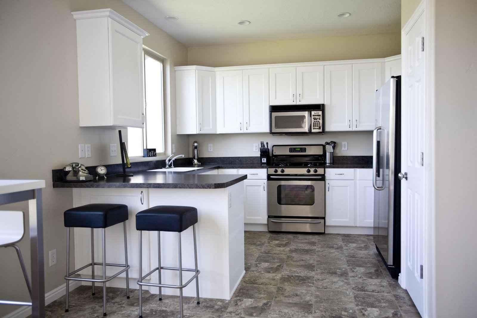 kitchen flooring ideas vinyl flooring for kitchen kitchen floor ideas
