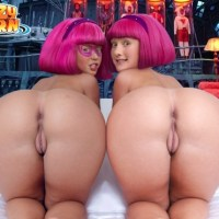 Stephanie and her twin sister showcasing their backside and cunny.