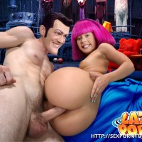 Stephanie is glad to wellcome Robbie's thick knob in her butt-hole!
