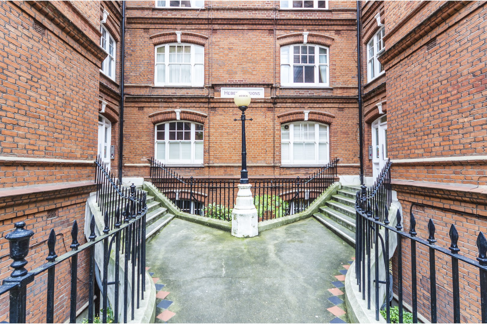 2 Bedroom Garden Flat London 2 Bedroom Flat For Sale In Queen 39s Club Gardens Fulham