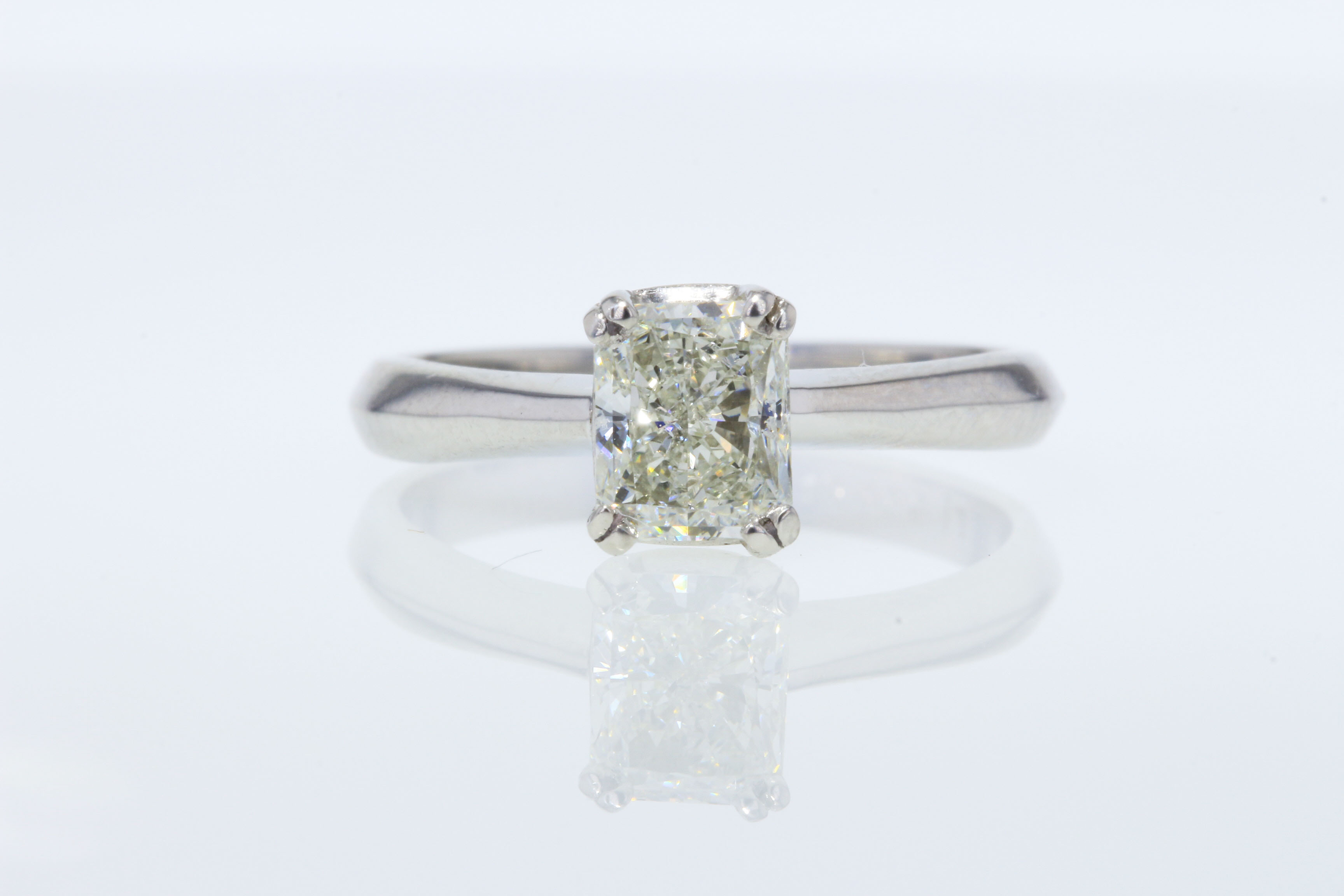 1 00CT IGI Radiant Diamond Platinum Engagement Ring
