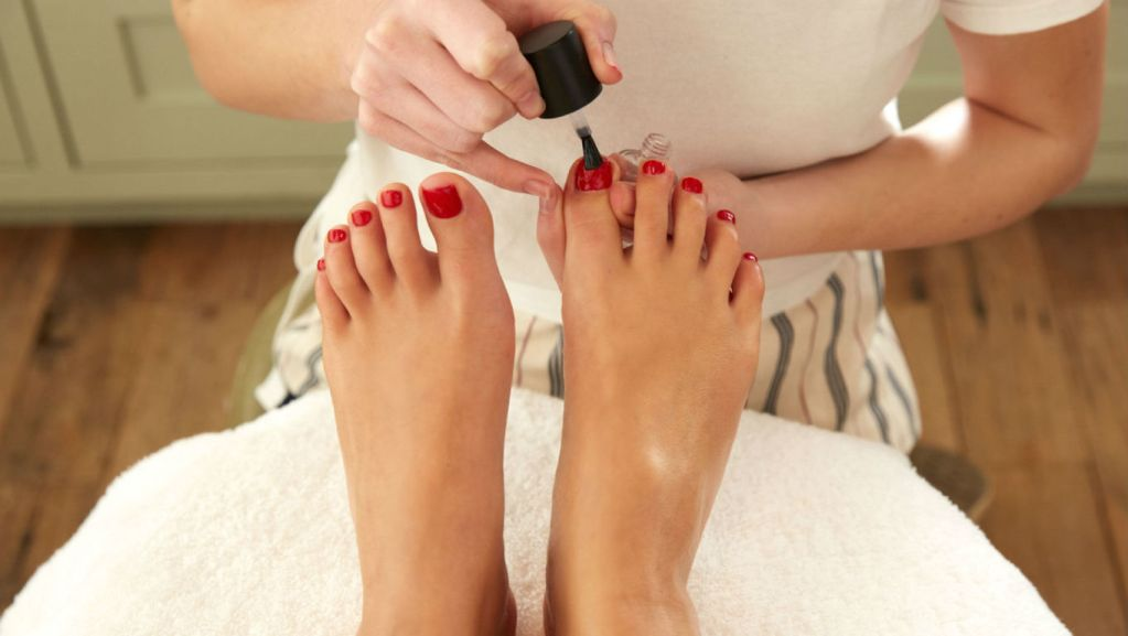 London beauty salons top 10 beauty salons london for A little luxury beauty salon