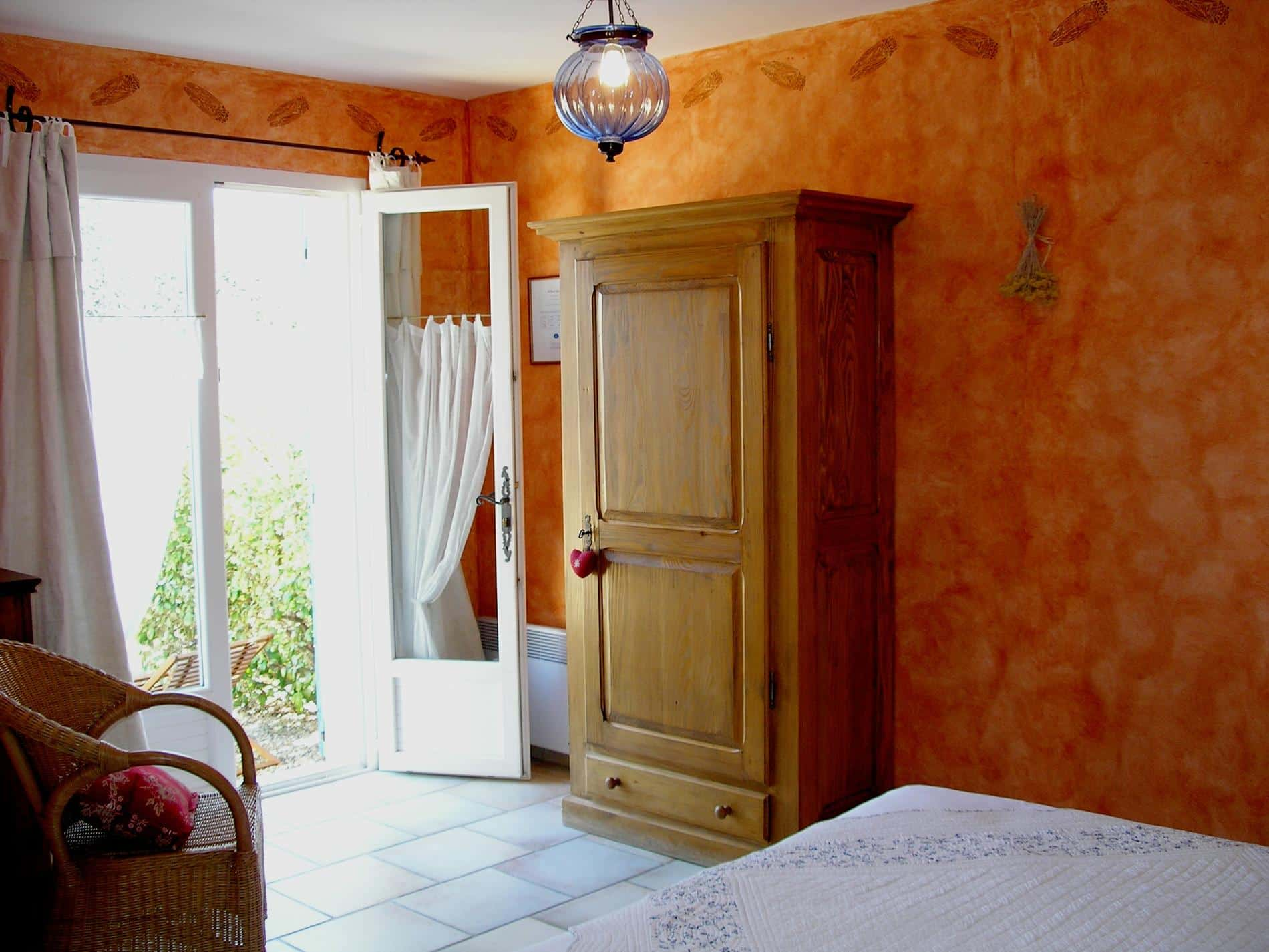 Chambre Hote Luberon Cigale Cheap Bed And Breakfast Luberon Clos Des Lavandes