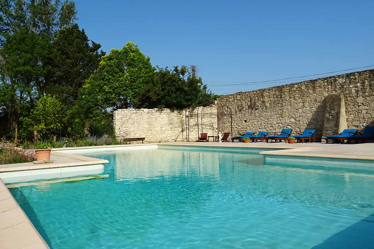 Le 3854 Charming Guest House In Provence Near Avignon