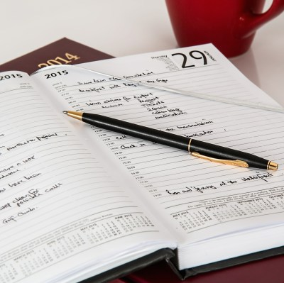 Spend 5 minutes and plan your day to improve your leadership