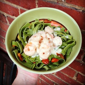 Tasty Tuesday – Spinach Pasta with Shrimp and Creamy Sauce Recipe