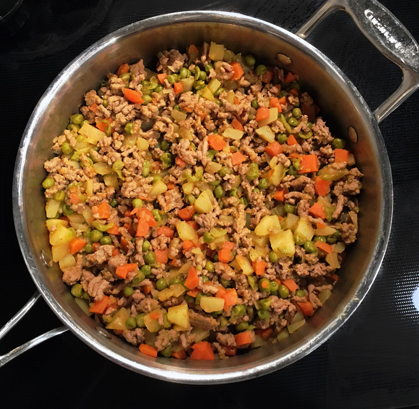 Ground Turkey with Carrots, Peas and Potatoes