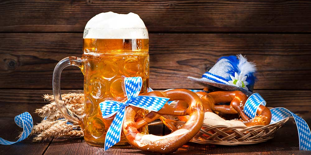 Fun Fall Desktop Wallpaper Festbier The Modern Day Oktoberfest Beer