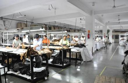 Are leather manufacturing companies changing the fashion trends?