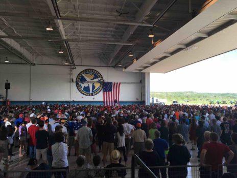Trump Hangar 03