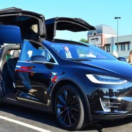 Comment fonctionne l'Autopilot de Tesla