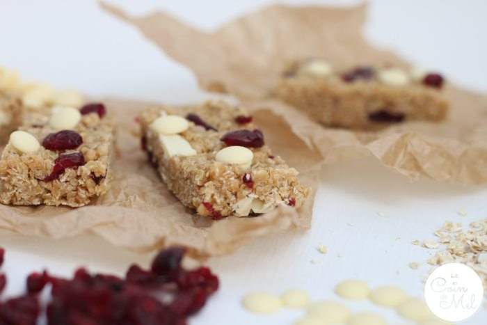 No Bake Cranberry and White Chocolate Cereal Bars are delicious