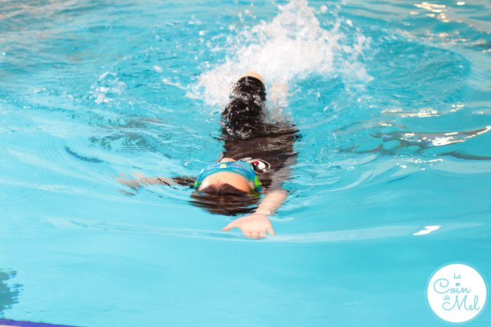 What Should You Pack When You Go Swimming With Children?