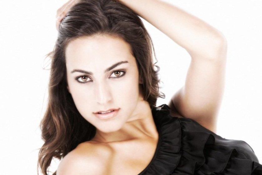 Veronica-Hernandez-miss-Illes-_54374104326_54028874188_960_639